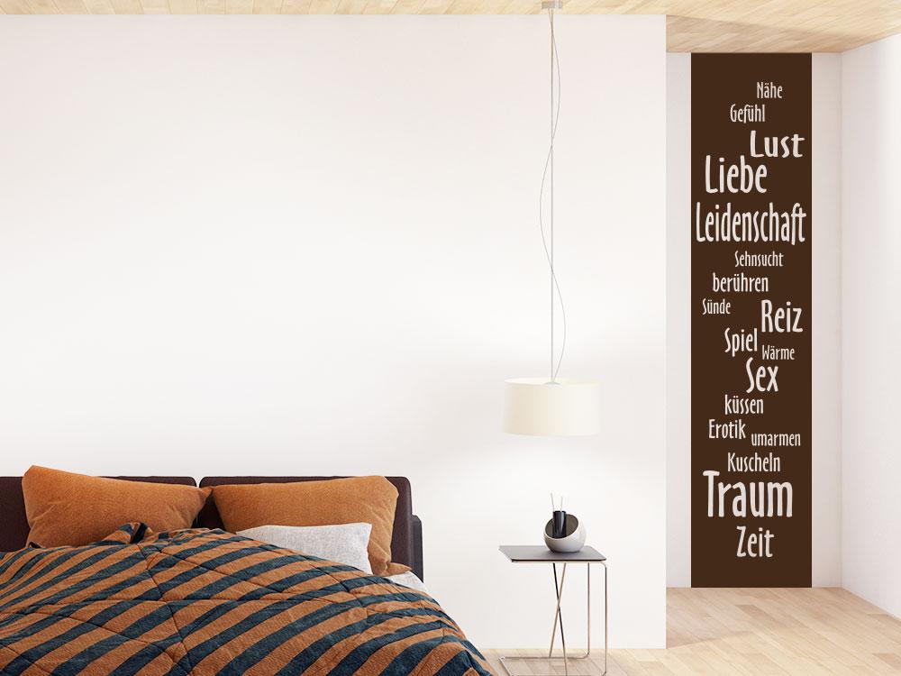 Wandtattoo Banner Liebe, Lust und Leidenschaft auf heller Schlafzimmerwand