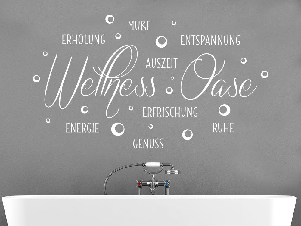 Wandtattoo Wortwolke Wellness Oase mit Seifenblasen im Badezimmer