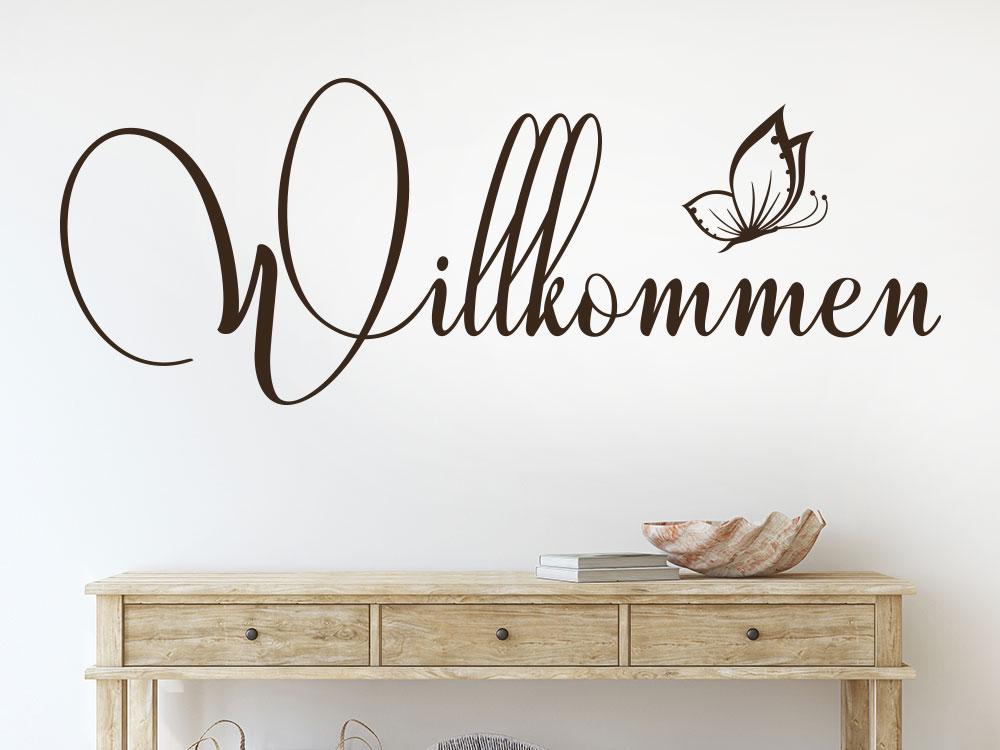 Wandtattoo Willkommen dekorativ über Sideboard
