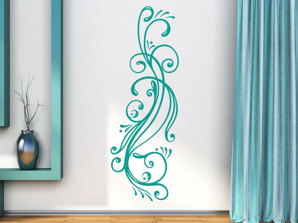 Edles Linienornament Wandtattoo auf heller Wand