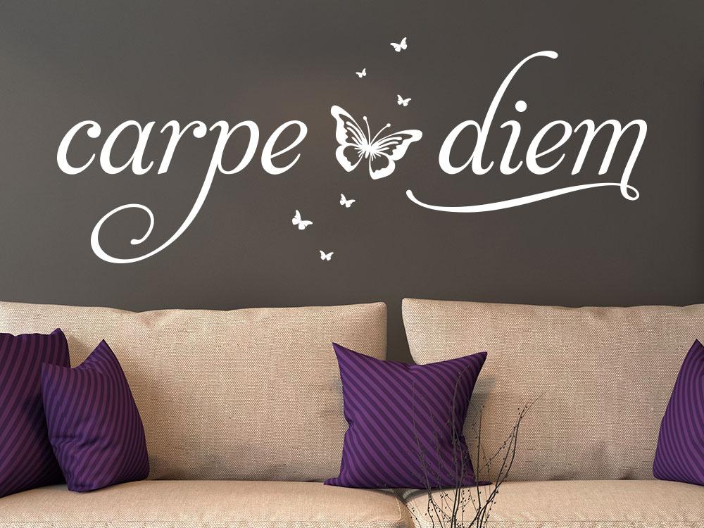 Wandtattoo carpe diem... auf braun gestrichener Wand