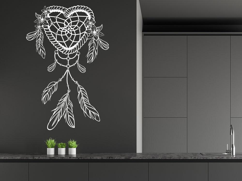 Wandtattoo Traumfänger Herz Ornament in der Farbe Weiß auf Küchenwand