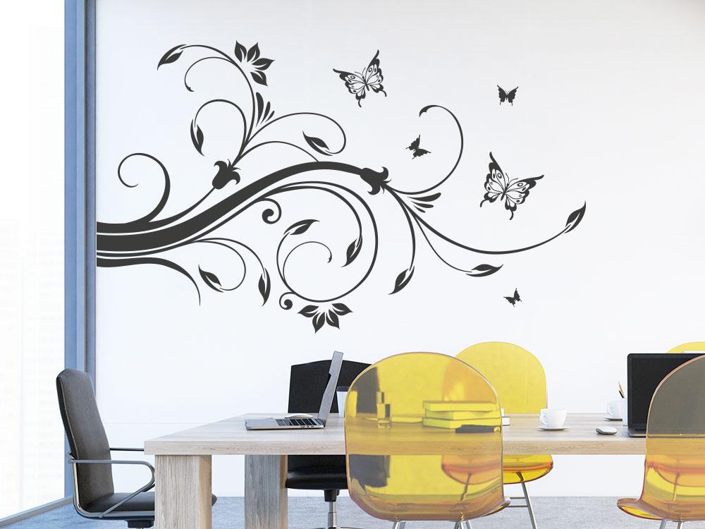 Wandtattoo Ornament für Wandecke mit Schmetterlingen auf Bürowand