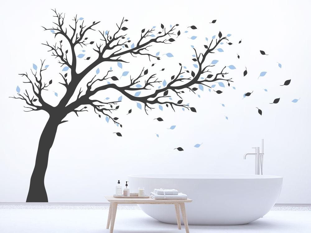 Wandtattoo Baum zweifarbig dunkelgrau / blau im Badezimmer
