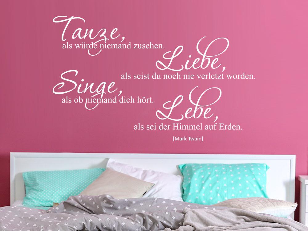 Mark Twain Wandtattoo Tanze als würde niemand zusehen im Schlafzimmer