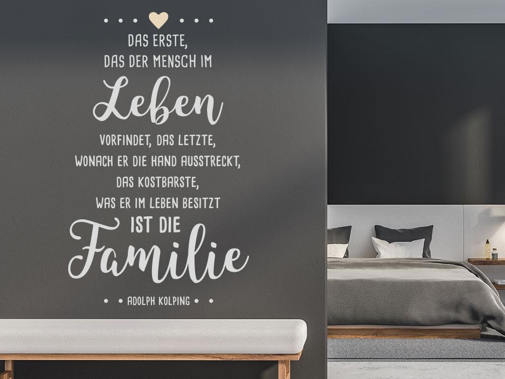 Wandtattoo Das Erste, das der Mensch im Leben vorfindet, das Letzte  Familienspruch im Schlafzimmer