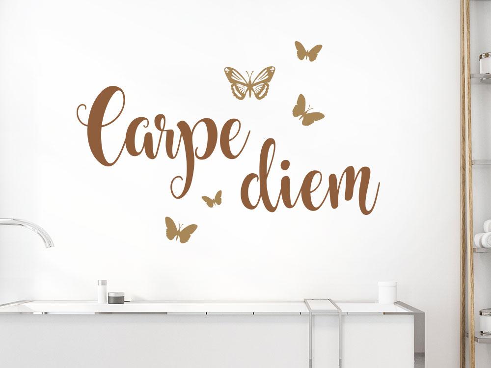 Carpe Diem Wandtattoo mit Schmetterlingen im Bad