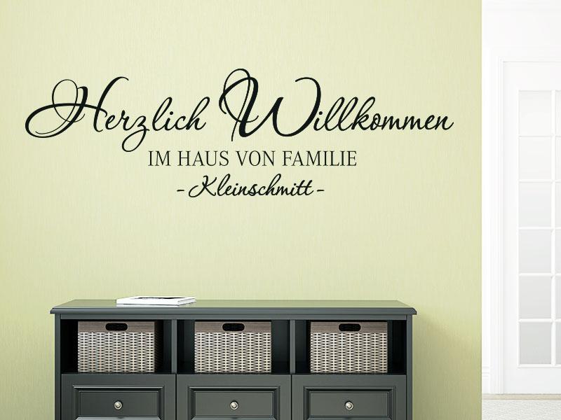 WandtattooHerzlich Willkommen im Haus von Familie Wunschnamen