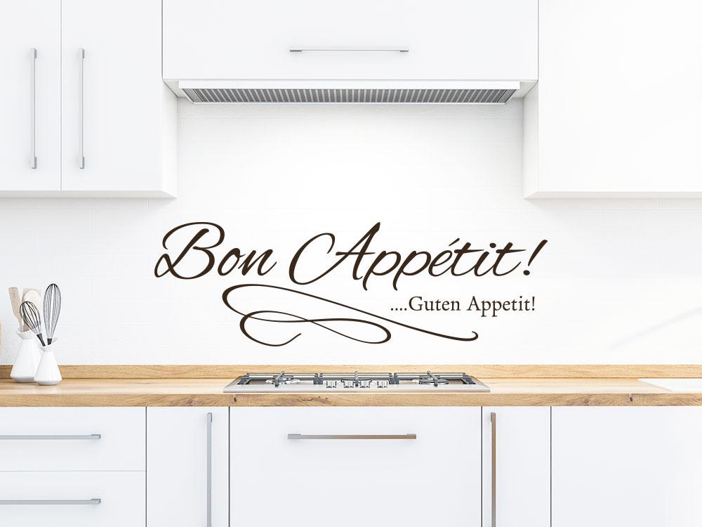 Wandtattoo Bon Appetit mit dekorativer Schleife in einer Wohnküche