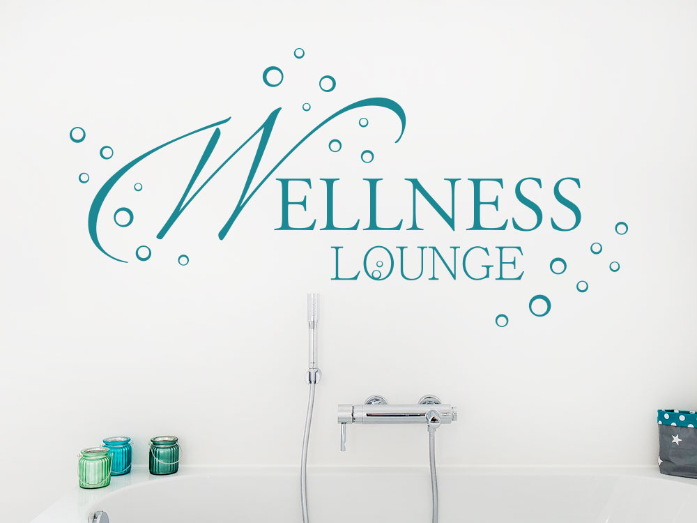 Moderne Wellness Lounge über Badewanne