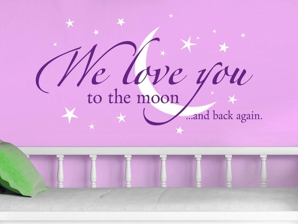 Wandtattoo We love you zweifarbig über Bett in Violett und Weiß