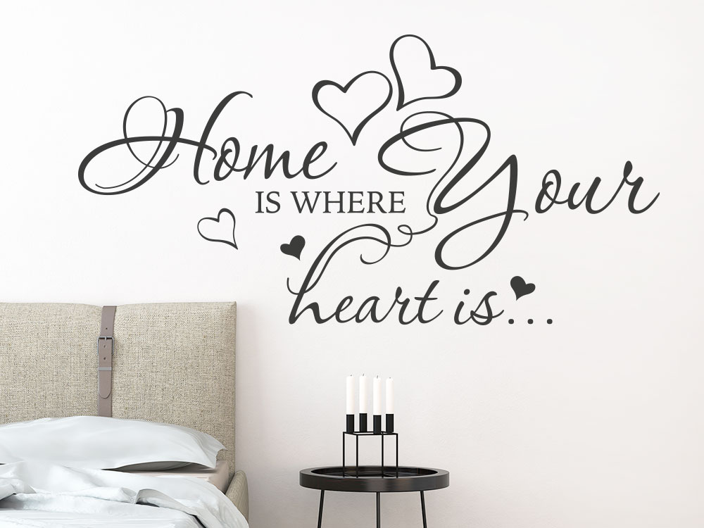 Wandtattoo Wandspruch Home is where your heart is Dunkelgrau im Schlafzimmer