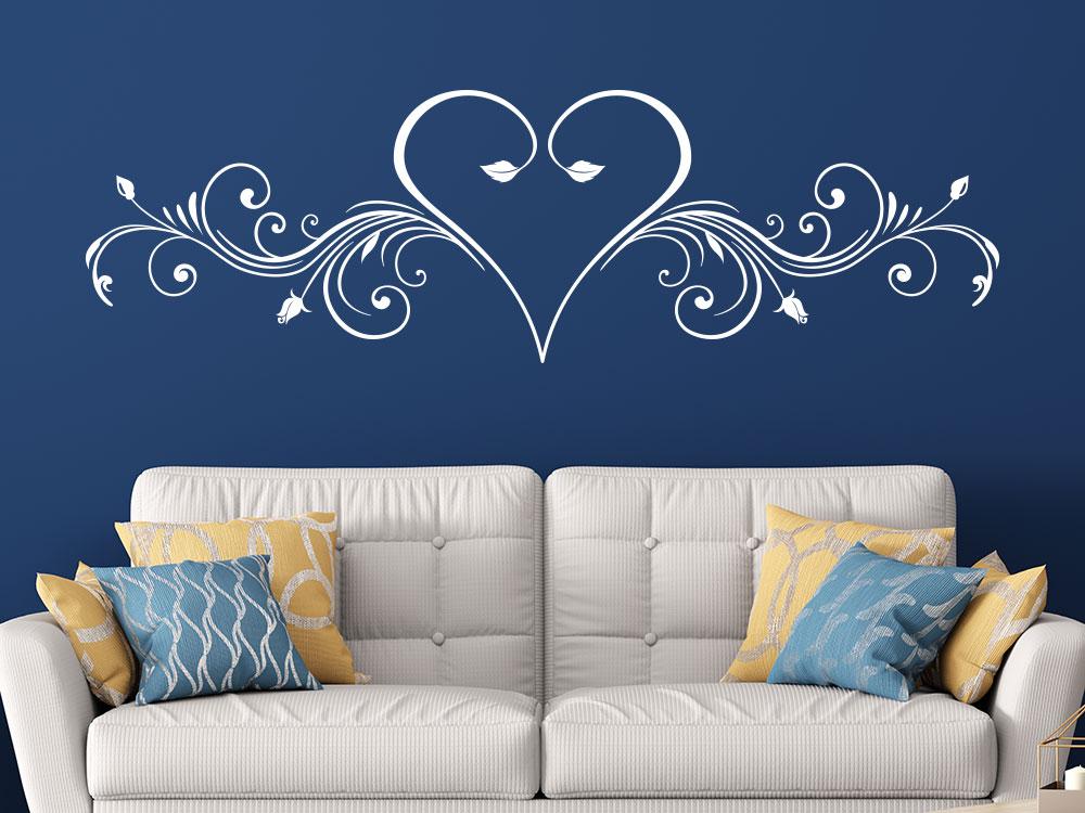 Wandtatoo Ornament mit Herz im Wohnzimmer