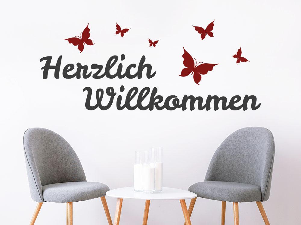 Zweifarbiges Wandtattoo Herzlich Willkommen mit Schmetterlingen im Flur