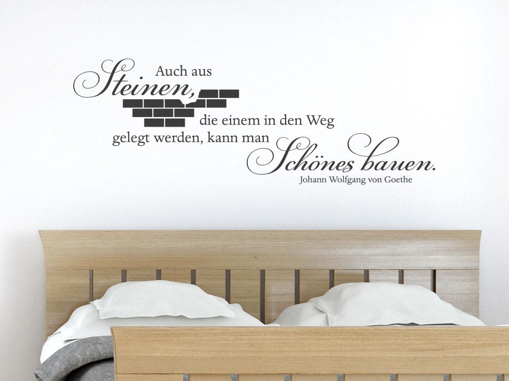 Auch aus Steinen Wandtattoo Zitat im Schlafzimmer