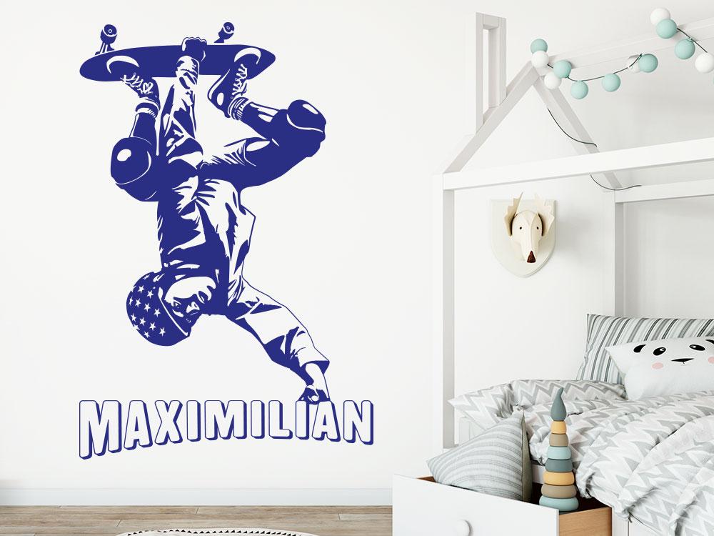 Skater Wandtattoo mit Wunschname in blau