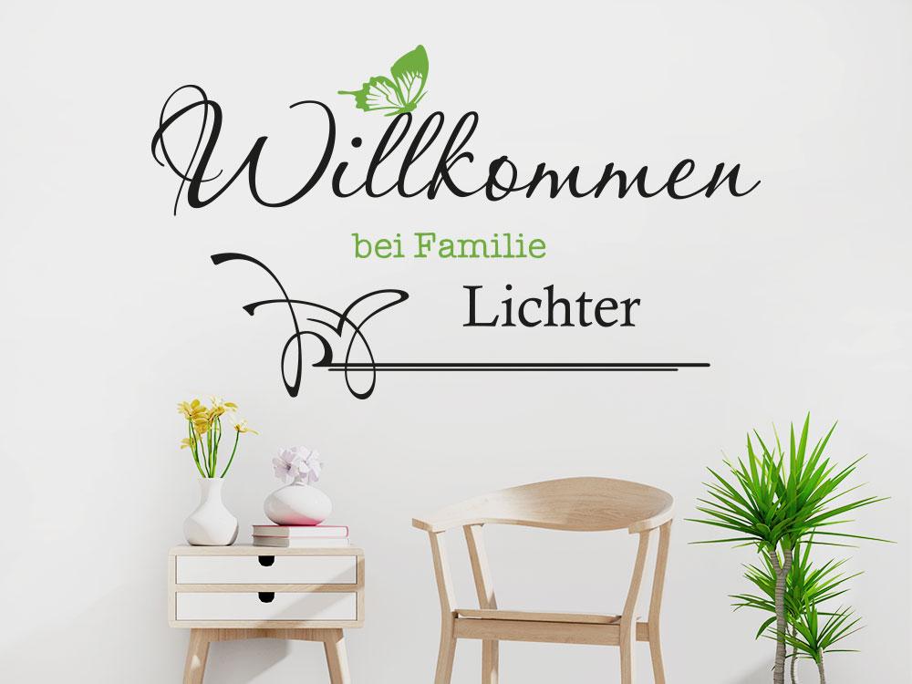 Willkommen bei Familie Wandtattoo mit Name und Schmetterling