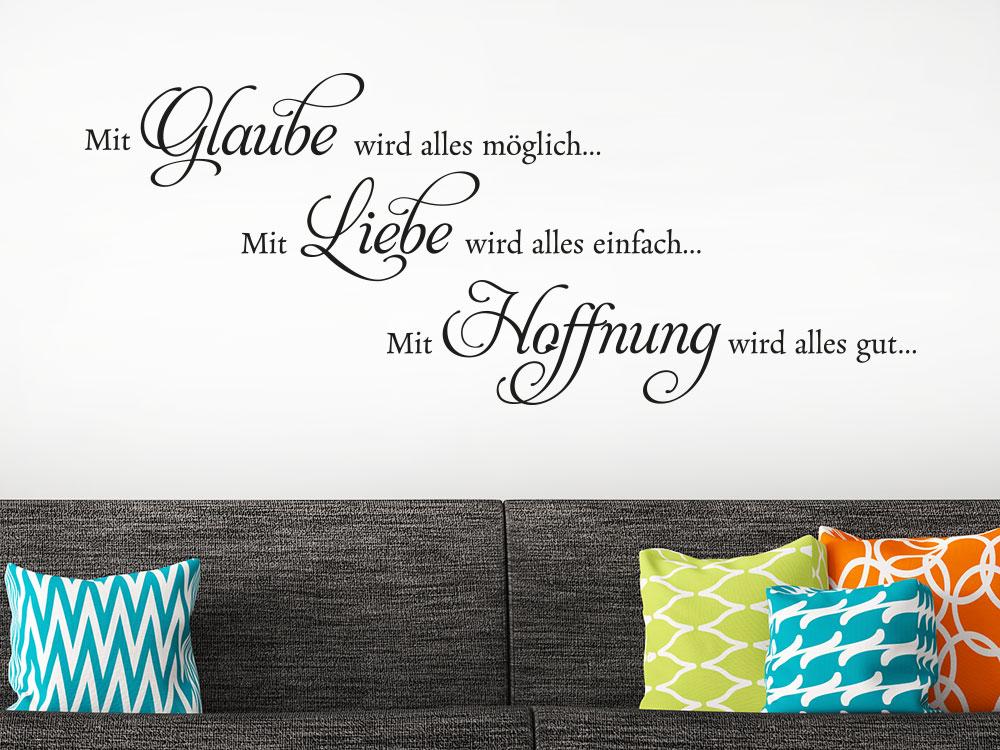 Wandtattoo Spruch Mit Glaube wird alles möglich über Sofa im Wohnzimmer
