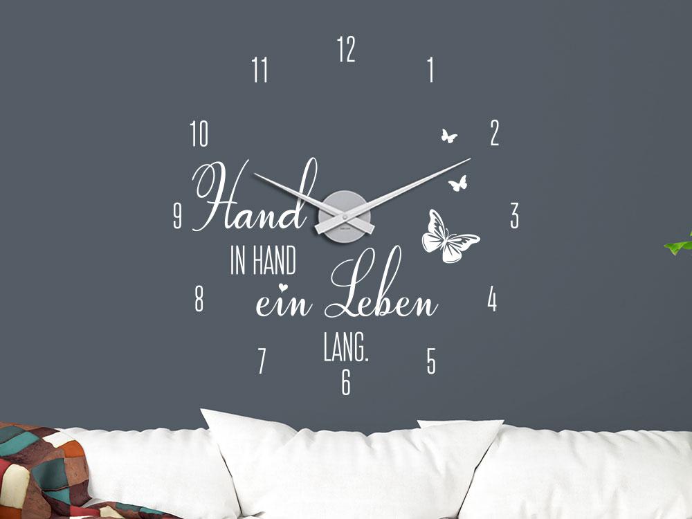 Wandtattoo Uhr Hand in Hand ein Leben lang im Wohnzimmer