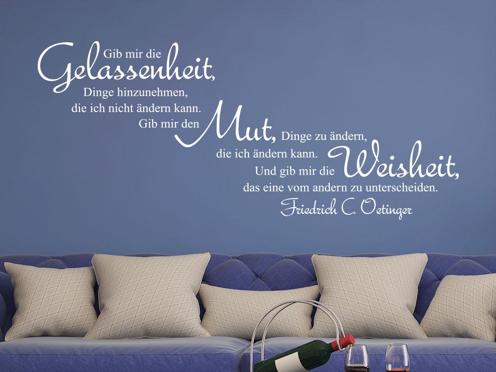 Wandtattoo Gelassenheit Zitat im Wohnzimmer