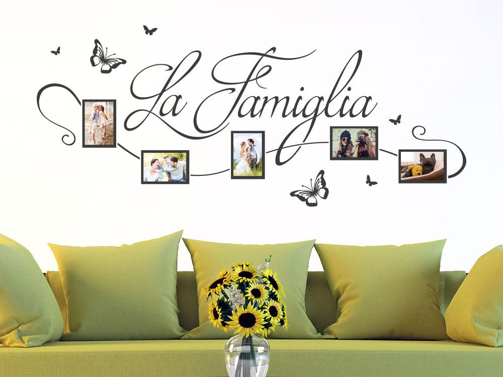 Wandtattoo Fotorahmen La Famiglia im Wohnzimmer