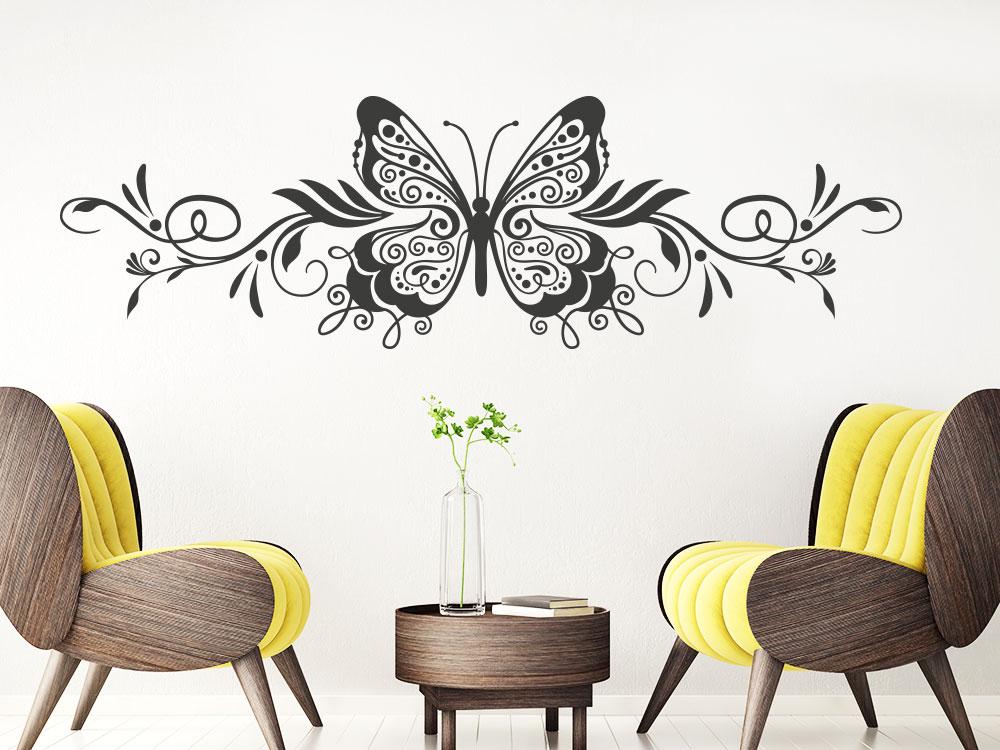 Schmetterling Wandtattoo Ornament im Wohnzimmer