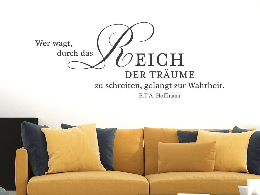 Wandtattoo Zitat Reich der Träume... im Schlafzimmer
