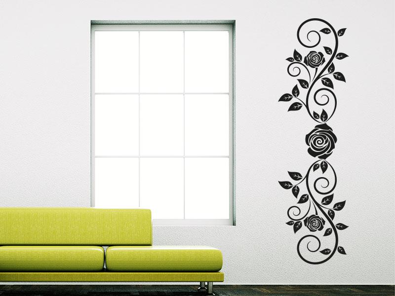 Wandtattoo Rosenranke mit Blätter auf heller Wand