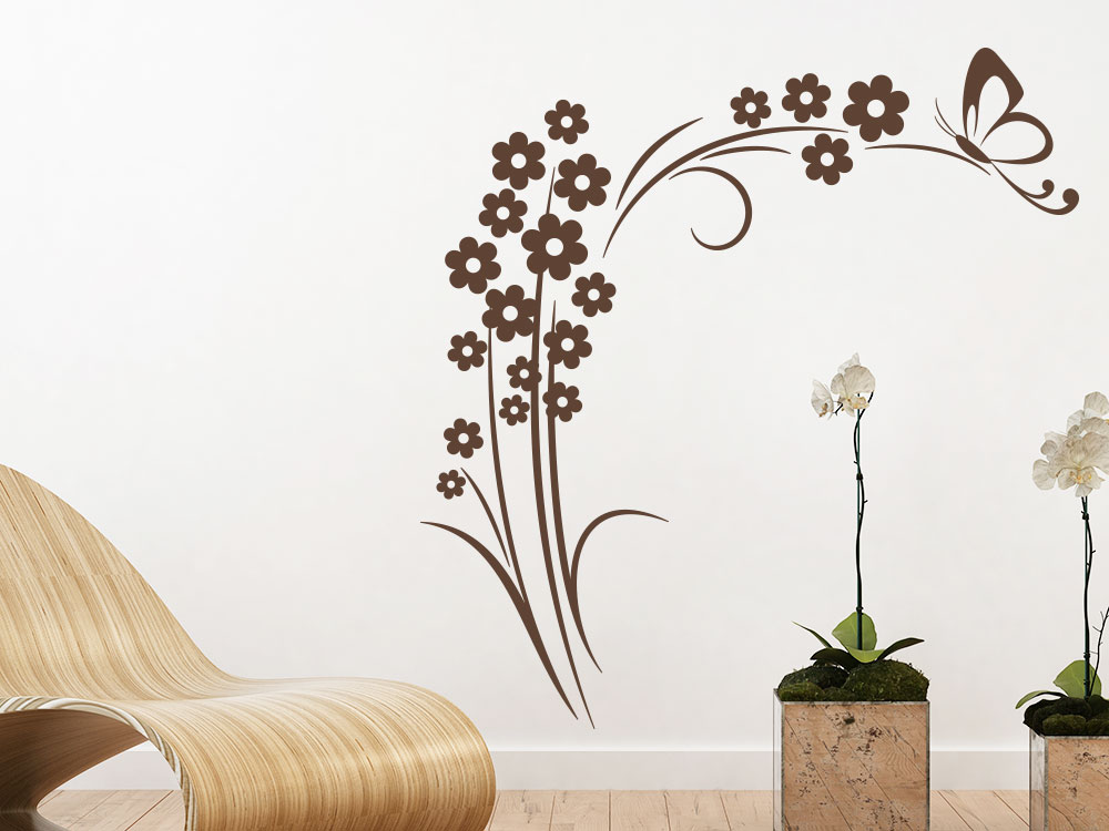 Wandtattoo Blütenstrauch mit Schmetterling in Farbe braun