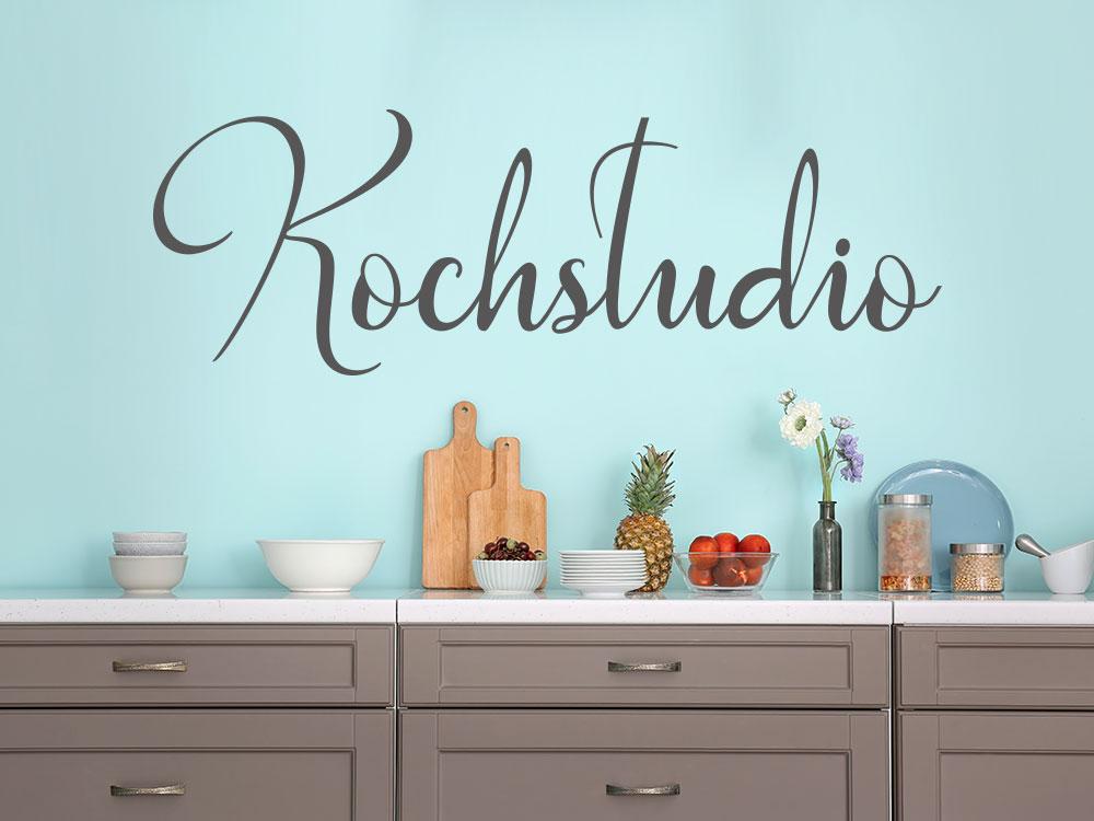 Wandtattoo Kochstudio über Arbeitsfläche in einer Küche