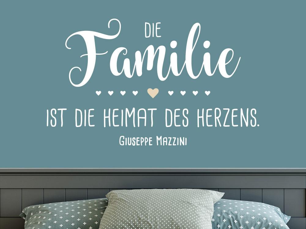 Wandtattoo Die Familie ist die Heimat des Herzens im Schlafzimmer