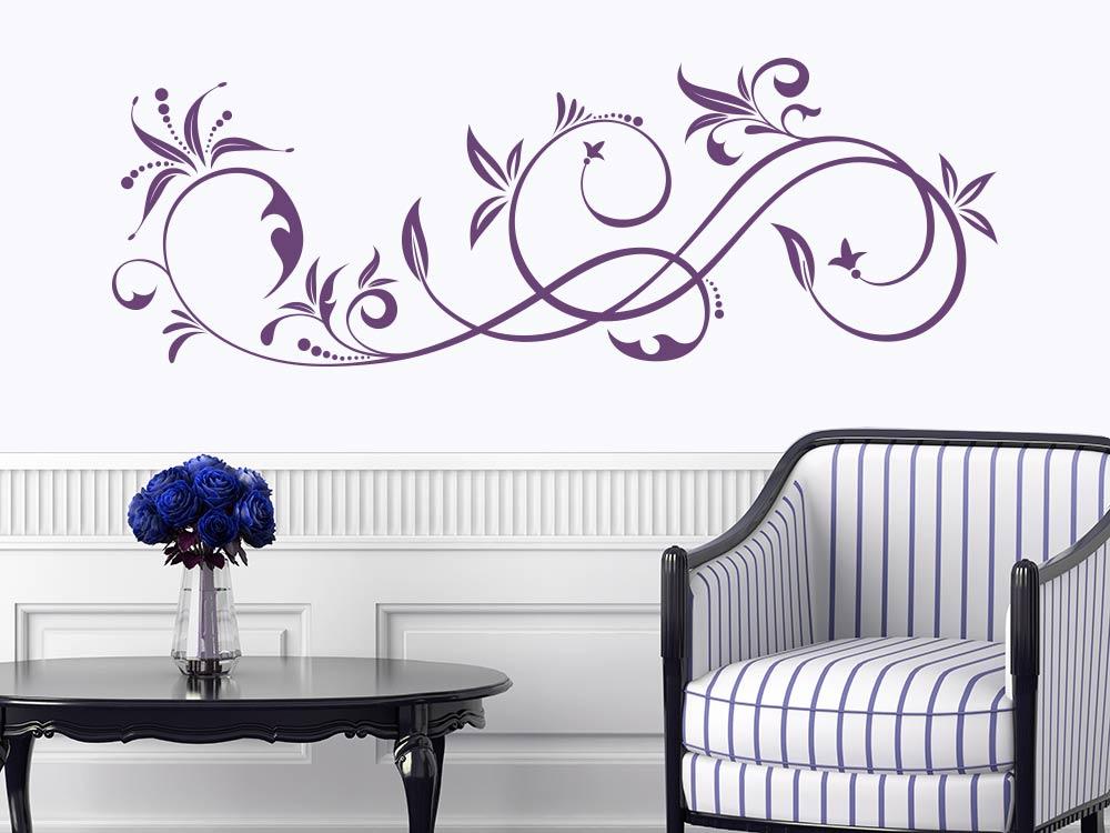 Wandtattoo Ornament im Flur Farbe Violett