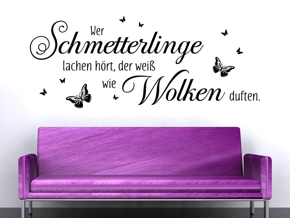 Wandtattoo Wer Schmetterlinge lachen Hört auf einer hellen Wand
