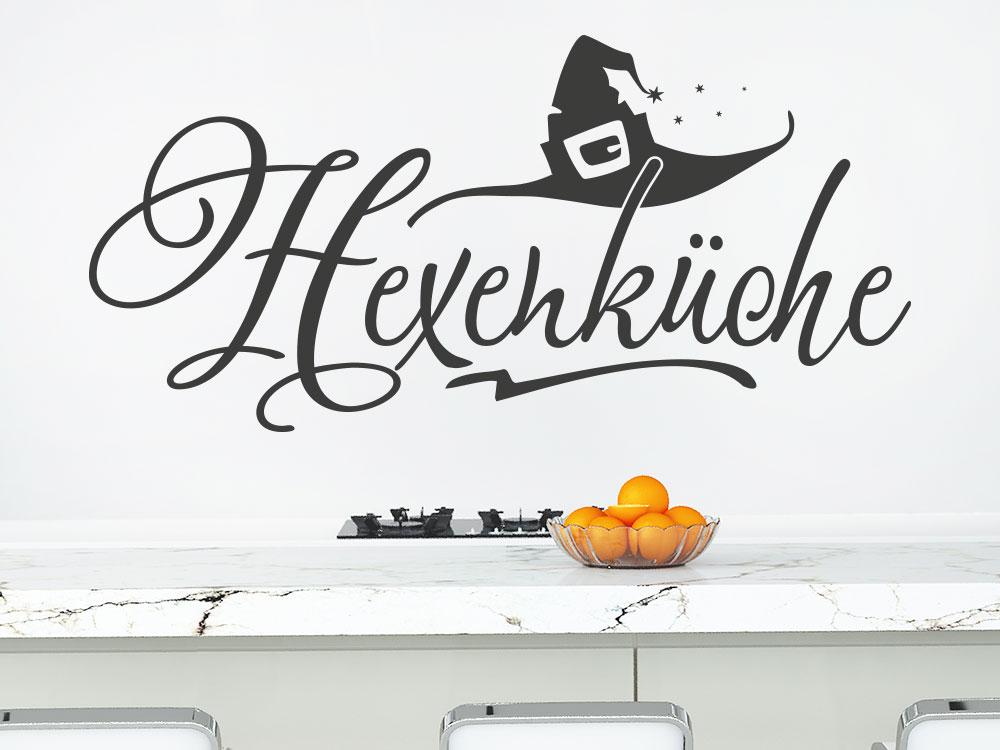 Wandtattoo Hexenküche mit Zauberhut auf heller Küchenwand
