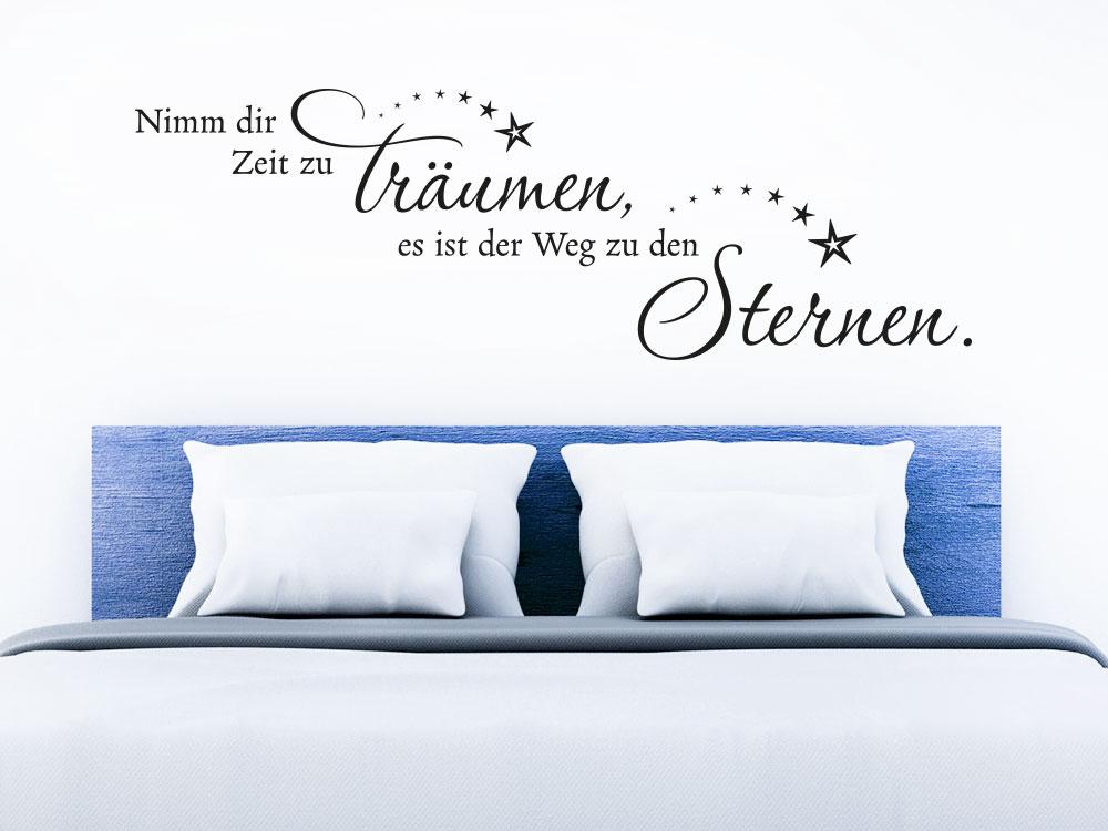 Wandtattoo Spruch Nimm dir Zeit zu träumen über einem Schlafplatz