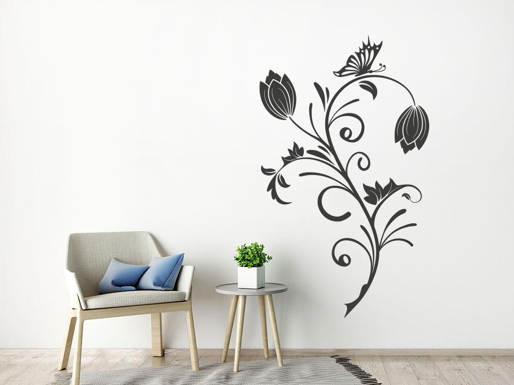 Deko Wandtattoo Ornament im Wohnbereich auf heller Wand