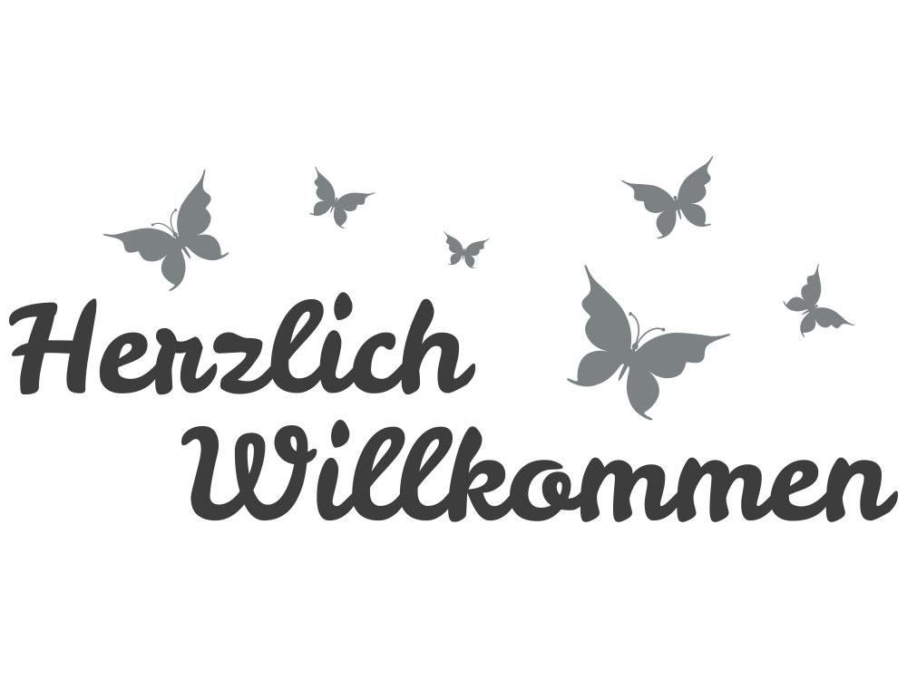 Wandtattoo Herzlich Willkommen mit Schmetterlingen - Gesamtansicht des Wandtattoos