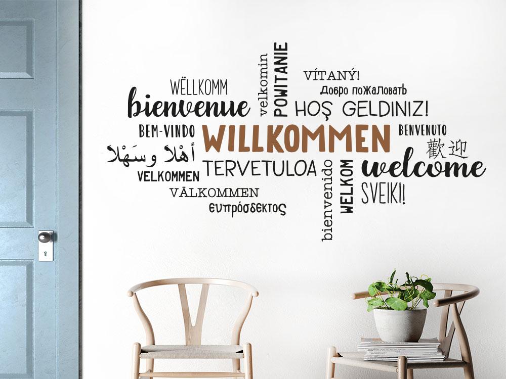 Willkommen Wandtattoo in verschiedenen Sprachen im Eingangsbereich