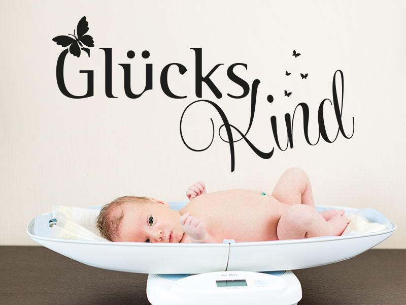 Wandtattoo Glücks Kind im Babyzimmer