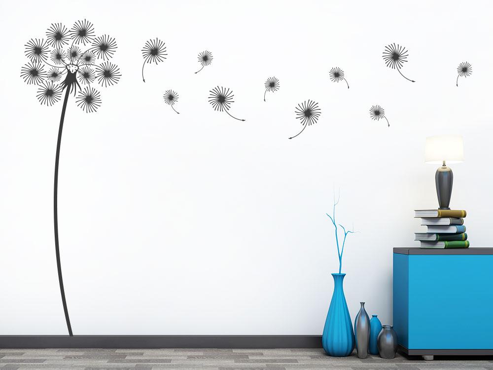 Wandtattoo Verspielte Pusteblume auf großer Wand