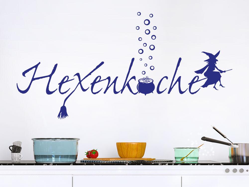 Hexenküche Wandtattoo auf heller Küchenwand