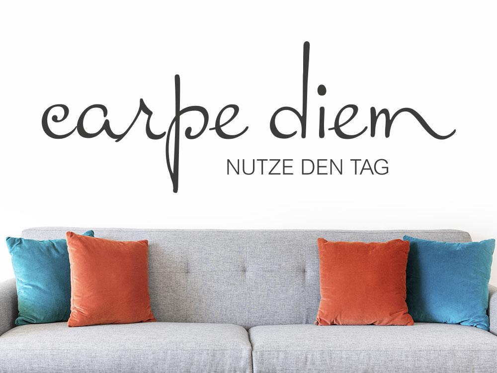 Wandtattoo Carpe Diem No.6 lateinischer Spruch im Wohnzimmer