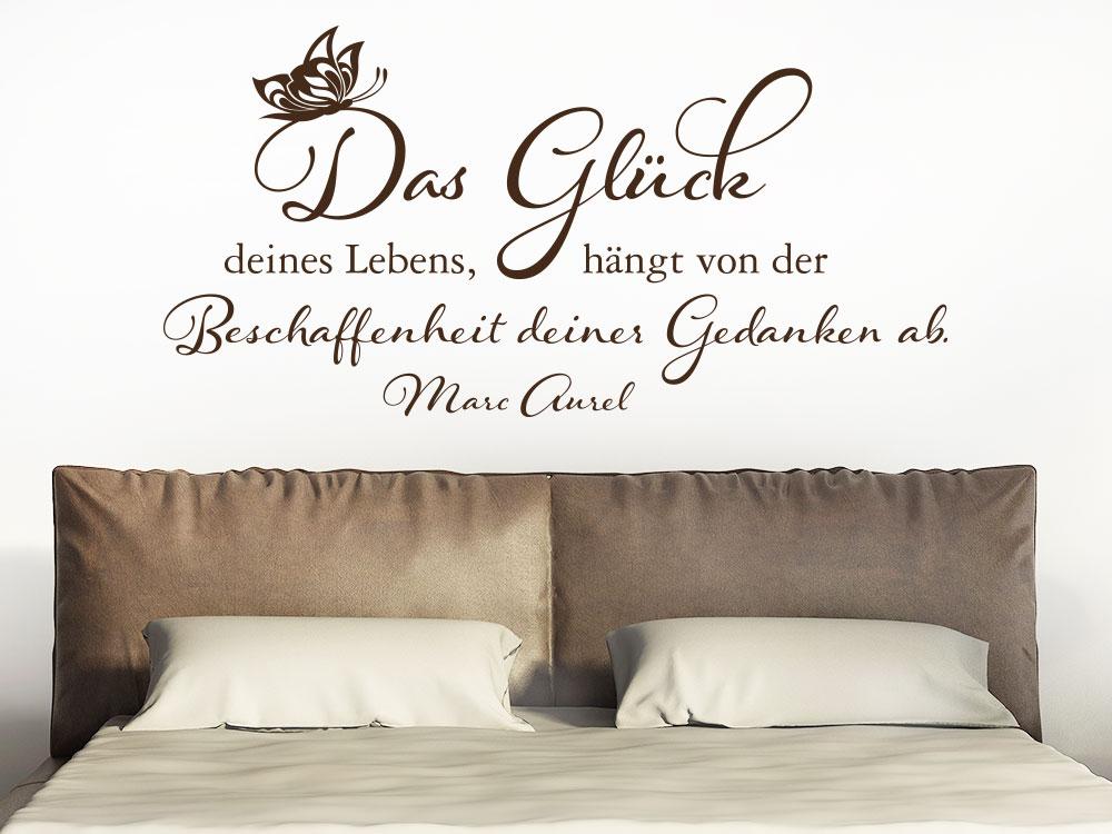 Wandtattoo Das Glück deines Lebens... im Schlafzimmer über Doppelbett