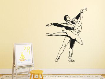 Rauputz Auf Tapete Streichen : Deko f?rs die Wand im M?dchenzimmer – Ballettpaar als Wandtattoo